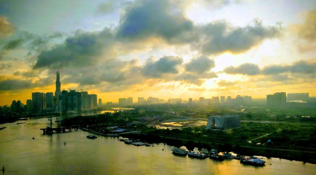Liberty Central Saigon Riverside Hotel - Morning View